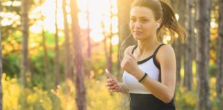 how many calories do you burn running a mile