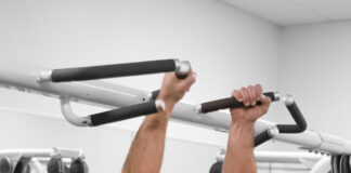 Weighted pull ups benefits,belt,crossfit and backpack at home
