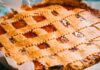 Best homemade apple pie recipes with fresh apples and crumb topping