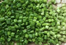 How To Slice Green Onions For Garnish