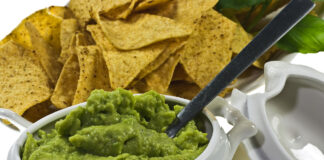 How can you tell if guacamole has gone bad? 5 Easy Steps