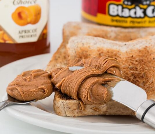 How do you make a peanut butter and jelly sandwich step by step?