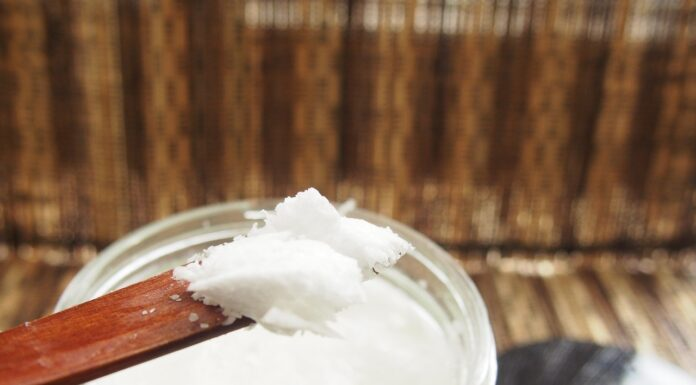 Can coconut oil be used to safeguard against heat?