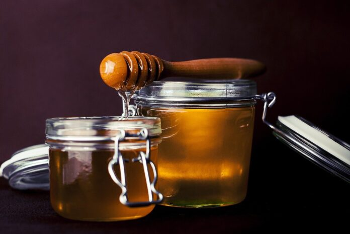 Is it safe to consume crystallized honey?